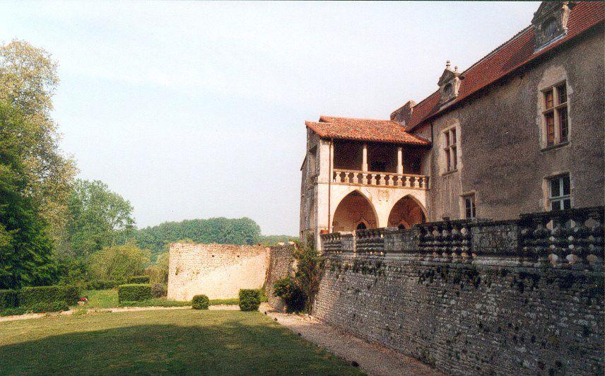Photo Château de Cibioux à Surin - Location de gîte